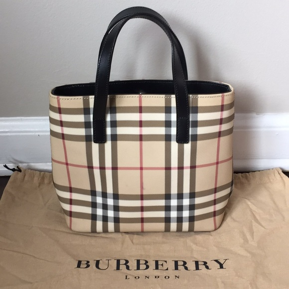 6c8ca49cc181 Burberry Handbags - Burberry Nova Check Small Bucket Handbag